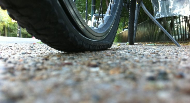 how-to-deflate-a-bike-tire