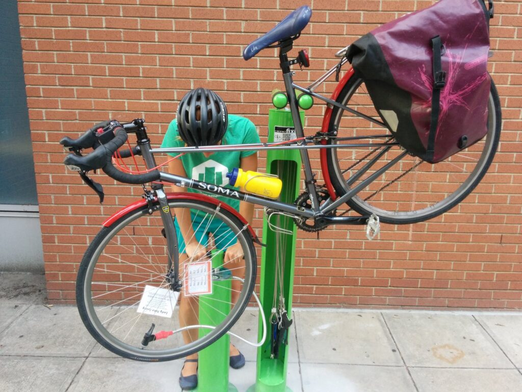 using-the-bike-repair-stand