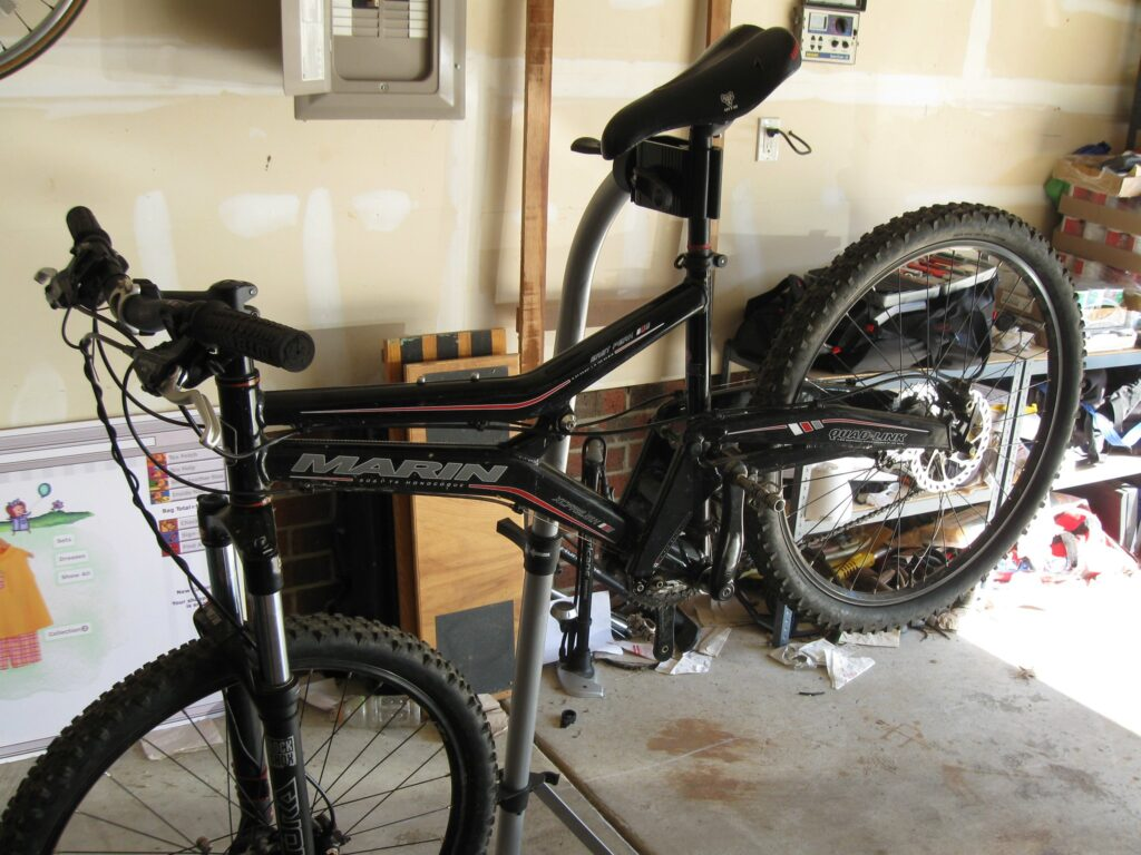 mountain-bike-on-a-repair-stand