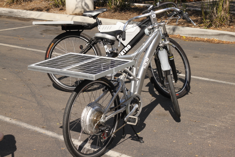 charging-ebike-with-solar-panels